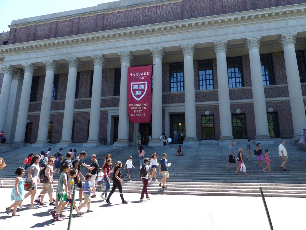 To Placate LGBT Lobby, Harvard Ends Single-Sex Student Clubs