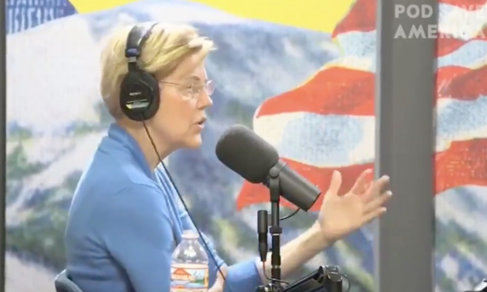 Elizabeth Warren Agrees With Trump's Strategy In Venezuela, 'Yeah, I Support Economic Sanctions'