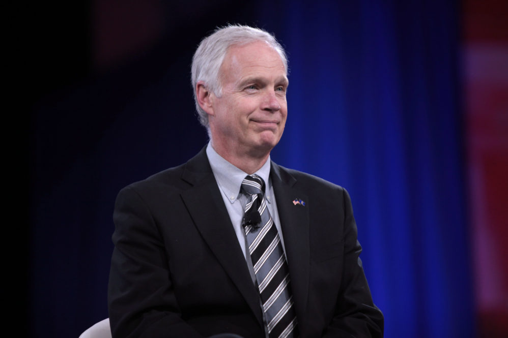 Sen. Ron Johnson Corners Capitol Police Chief For Dodging Questions About Sicknick's Death
